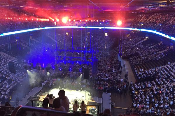 Unser Schulchor beim 6k-united-Konzert in Hamburg